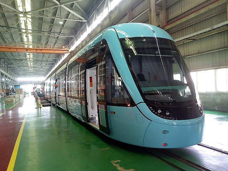 安坑輕軌採購與淡海輕軌同型列車