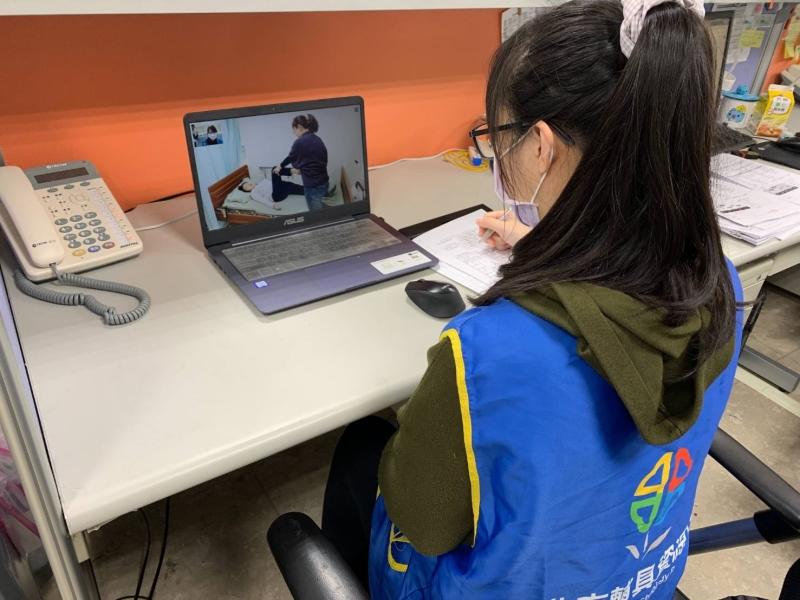 新冠肺炎疫情變化申請輔具改採線上評估降低感染風險